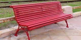 Le banc rouge de Julie sur A Marinella