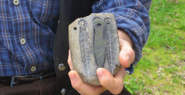Moule de pendeloque datant de l'âge du fer