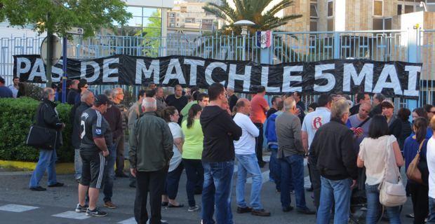 Rassemblement du Collectif du 5 mai devant la Préfecture de Haute-Corse