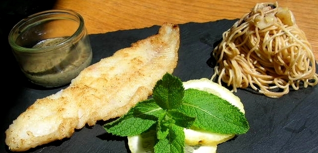 Au coeur de Menu de la semaine chez les Saveurs de Marlo, un dos de cabillaud, nouilles chinoises et sa sauce Costa Verde inspiré des recettes de Vincent Tabarani. (Photo DR - Les Saveurs de Marlo)
