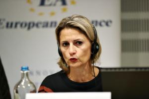 Au Comité européen des régions.