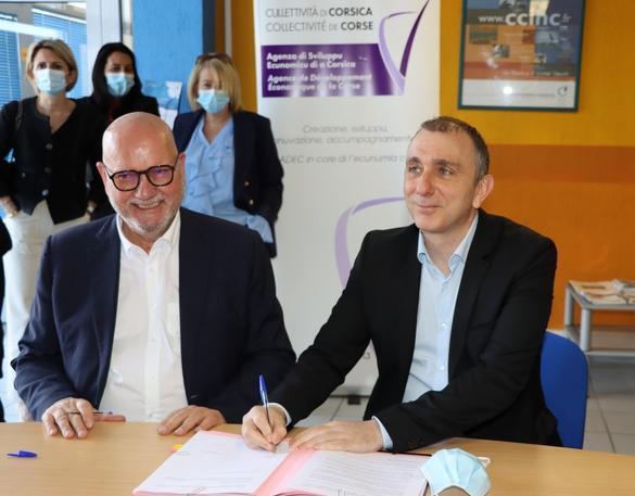 Signature de partenariat entre Jean-Christophe Angelini et Jean Dominici