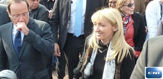 Emmanuelle De Gentili en compagnie du candidat François Hollande lors de sa visite à Bastia en Mars 2012