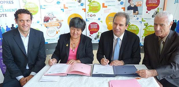 Yvan Franchi, directeur régional de l'Adie, Catherine Barbaroux, présidente nationale de l'Adie, Jean Zucarelli, président de l'Adec