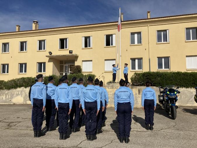 Levée des couleurs pour les nouveaux réservistes de Corse-du-Sud. (Photo Julia Sereni)