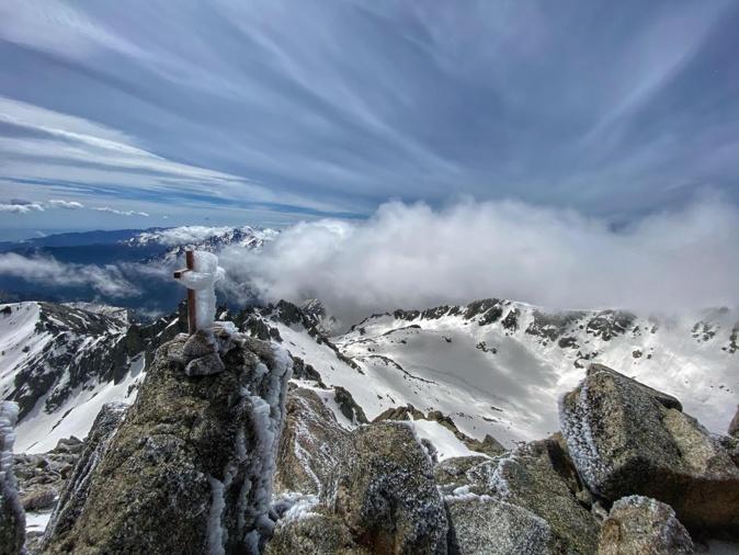 La photo du  jour : au sommet du Monte Rotondu