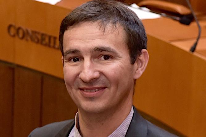 André Fazi est politologue et maître de conférences en science politique à l'Université de Corse.