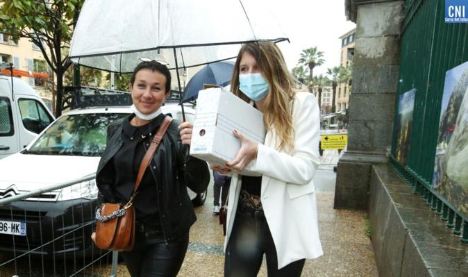 Carine Leroy et Alexandra Bischof ont déposé la liste Corsica Libera. Photo : Michel Luccioni