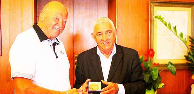 Elie Cester, légende du rugby, citoyen d'honneur de L'Ile-Rousse