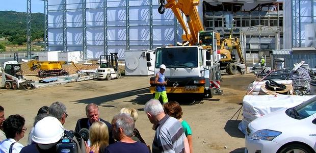 Une visite informative du chantier a eu lieu mercredi matin, en présence du maire d'Ajaccio et des riverains. (Photo Yannis-Christophe Garcia)