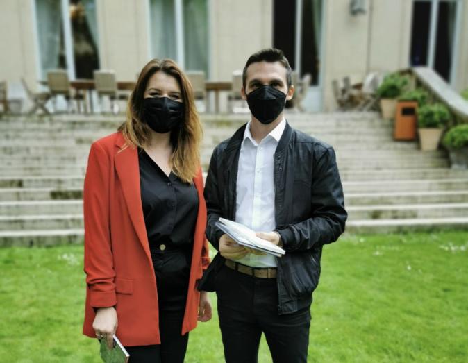 Michel Serra à Paris avec la ministre chargée de la Citoyenneté, Marlène Schiappa