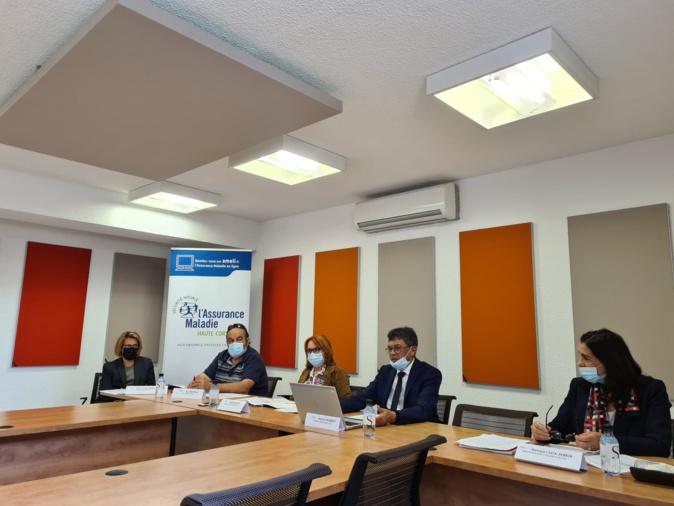 Maclou Rigobert, directeur de la CPAM de Haute-Corse et son conseil ont présenté les actions et services de l'institution publique ce lundi 31 mai. Crédits Photos : Pierre-Manuel Pescetti