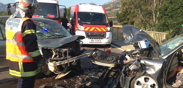 Les deux véhicules après la collision