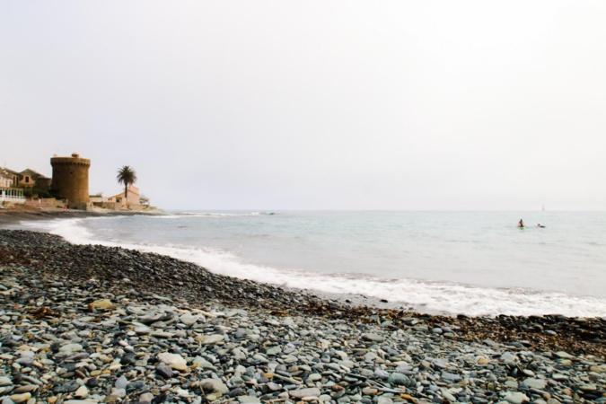 La plage et la tour de Miomo (Hyacinthe Sambroni)