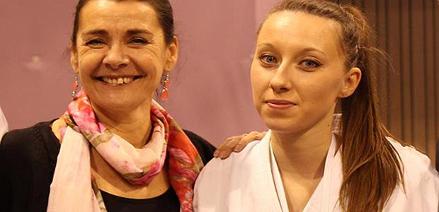 Alexandra Feracci aux côtés de Cathy Vican, responsable du SUAPS (Service Universitaire des Activités Physiques et Sportives) de l'Université de Corse.