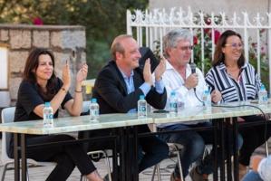 En campagne à Murateddu avec Valérie Bozzi et Georges Mela.