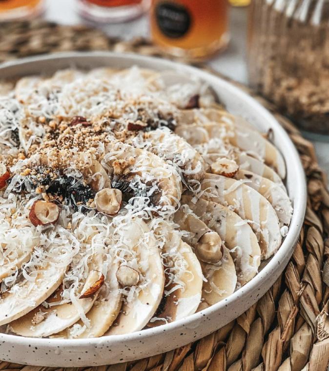 A table : Carpaccio de champignons frais avec la petite cuisine de Marie