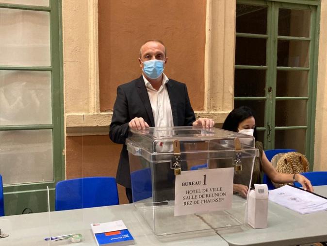 Le maire d'Ajaccio est président du bureau de vote centralisateur