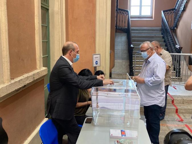 Territoriales en Corse : Les bureaux de vote ont ouvert