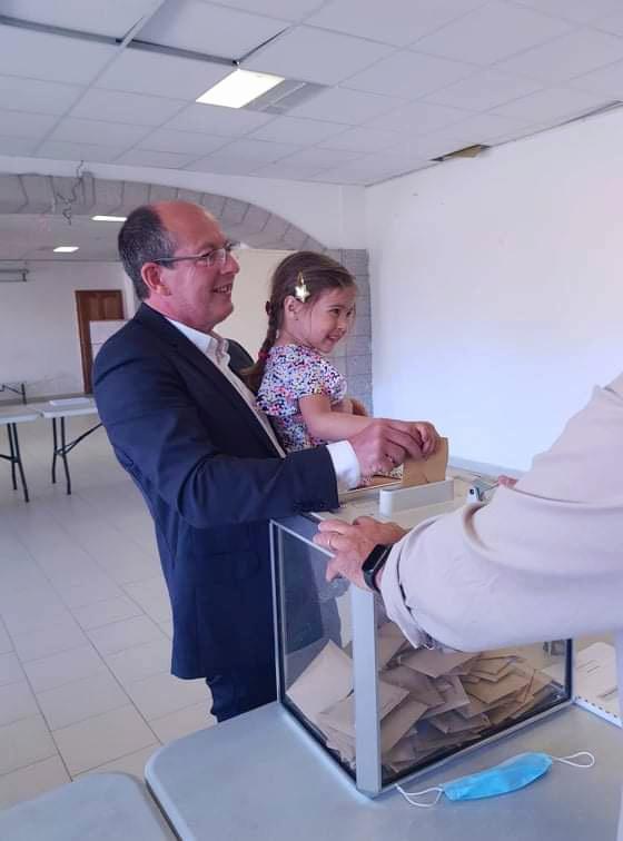 Élections territoriales : les candidats ont voté ce matin