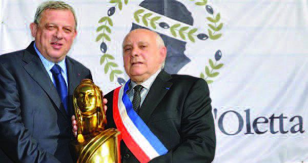 La Marianne d'or à la commune d'Oletta