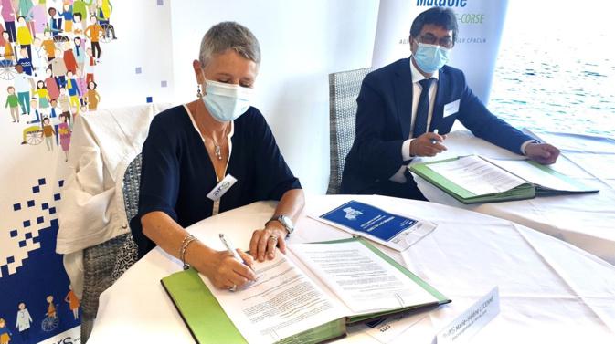 Signature d'une convention pour rassembler et structurer les professionnels de santé en CPTS.