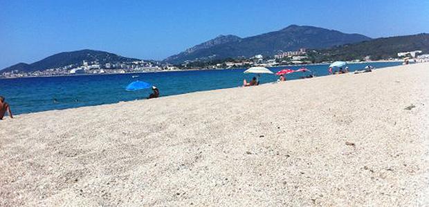 Ajaccio : Drapeau vert pour la plage du Ricanto