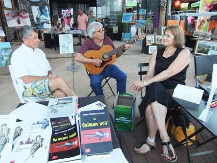 Soirées culturelles réussies sur le port de Taverna
