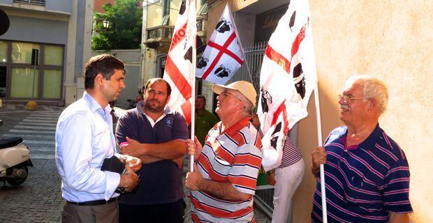 Au centre, Antioco Patta, porte-parole du Comité « Zona Franca Sardegna ».