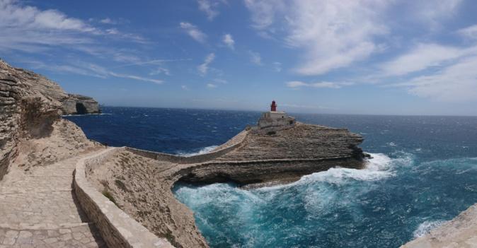 Bonifacio : le phare de la Madonetta (Photo Olivier Charveron)