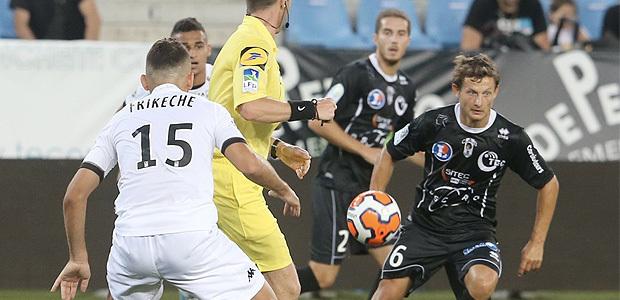 Le CAB termine fort face à Angers (1-1)