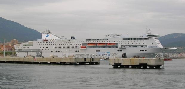 Les policiers de la DDSP ont interpellé 16 individus dès leur descente du navire l'Excelsior à Ajaccio. (Photo d'archive : Yannis-Christophe Garcia)
