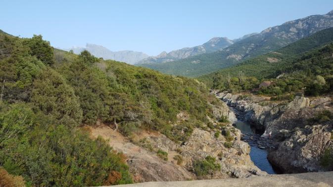 Le haut du Fangu vu du Ponte Vecchiu (Gérard Aprile)
