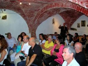 Une cinquantaine de personnes s'est déplacée mardi soir pour assister à la réunion et participer au débat qui a suivi. (Photo : Yannis-Christophe Garcia)