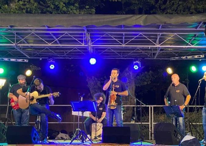 Il permet au public de découvrir la Corse à travers son histoire : le groupe Balagna à Bastia, les 15 et 18 août