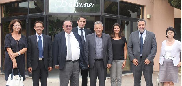 Michel Barat, Guy Monchaux, Christiane Revest en visite au collège de Baléone accompagnés d'Alexandre Sarrola, Pierre Albertini et Sophie Carbuccia