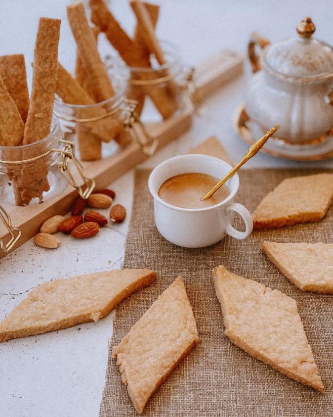 """A table : """"E cuggiulelle """" avec la petite cuisine de Marie"""