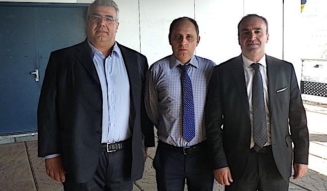 Modesto Fenu (à gauche) et Denis Luciani avec Jean-André Miniconi mors d'un passage à Ajaccio (Archives CNI)