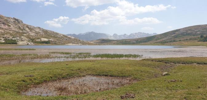 La photo du jour : la sérénité du lac de Ninu