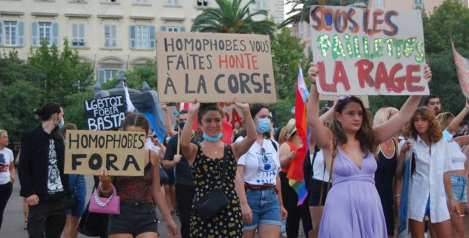 Bastia : Manifestation contre les actes homophobes en Corse