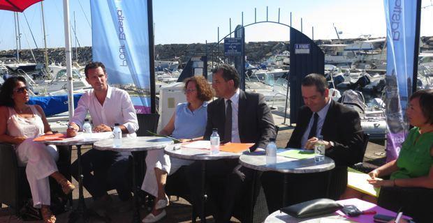 L'équipe de campagne de François Tatti : Marie-Claire Poggi, Julien Morganti, Hélène Sanchez, Eric Calloni et Françoise Vespérini.
