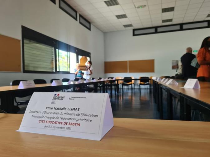 Pendant la table ronde, élus et pouvoirs publics ont rappelé la nécessité d'une cité éducative pour Bastia. Crédits Photo : Pierre-Manuel Pescetti