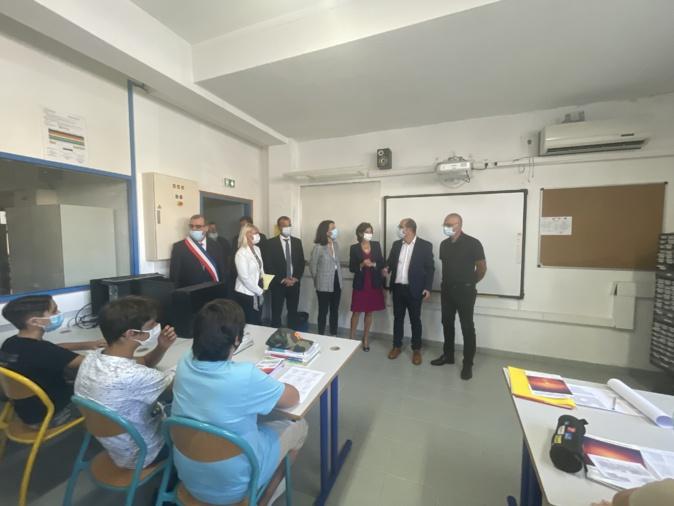 """Nathalie Elimas au collège Jean-Nicoli de Pruprià : """"nous resterons disponibles pour vous aider"""""""