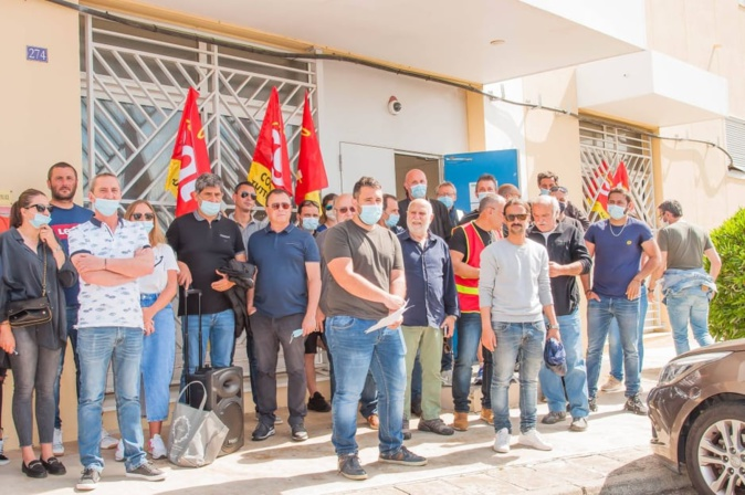 Quatrième action de mobilisation en moins d'un an pour la CGT FAPT. Ici devant le centre de tri de Furiani le 18 mai 2021. Crédits Photo : CGT FAPT Haute-Corse