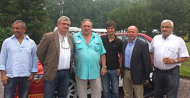 Loïc Mattei (à gauche de Gérard Depardieu : Bientôt au départ du Condroz-Huy.