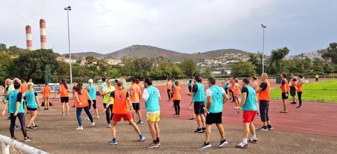 À Ajaccio, les entreprises recrutent sur le terrain de sport