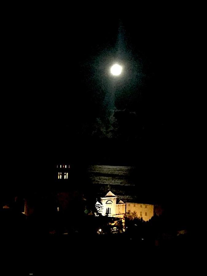 La photo du jour : Santa Maria illuminée