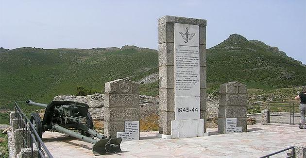 Kader Arif rendra hommage aux Goumiers marocains et aux soldats français morts lors de la bataille de Teghime.