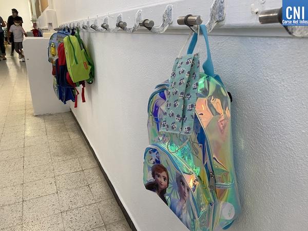 En Corse, le port du masque reste obligatoire à l'école