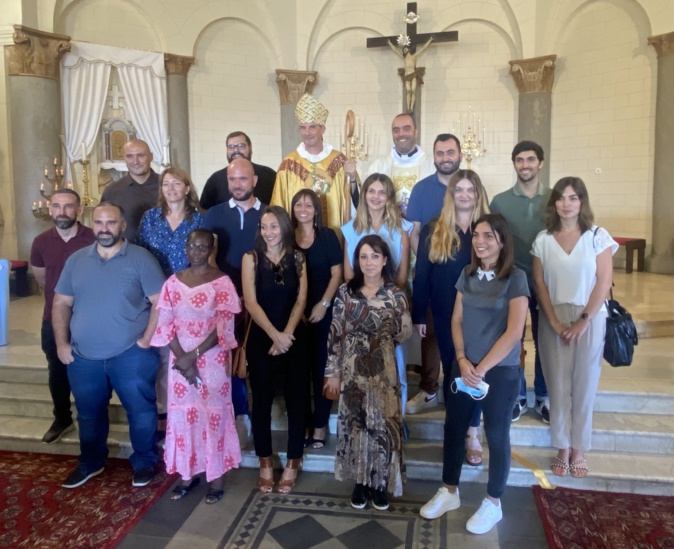 Bastia : ND de Lourdes a accueilli ses catéchumènes et l'évêque de Corse avec ferveur